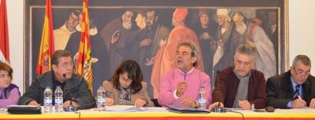 Esperpentica sesión de la Comarca B.A. Caspe en el Castillo